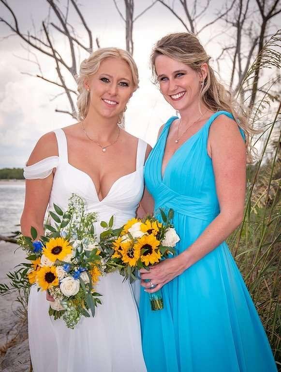 Bride Bridesmaid Hair Leslie